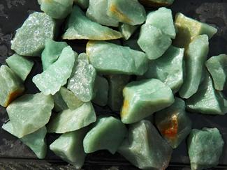 prasiolite, green quartz, natural, brazil, rough stones, tumbling rock, crystals